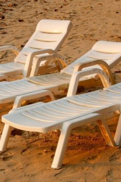 Three White Lounge Chairs on the Beach in Florida Journal: Take Notes, Write Down Memories in th ...
