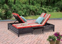 Double Chaise Lounger – This red stripe outdoor chaise lounge is comfortable sun patio fur ...